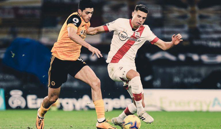 De la mano de Raúl Jiménez, Wolverhampton rescata un empate ante Southampton