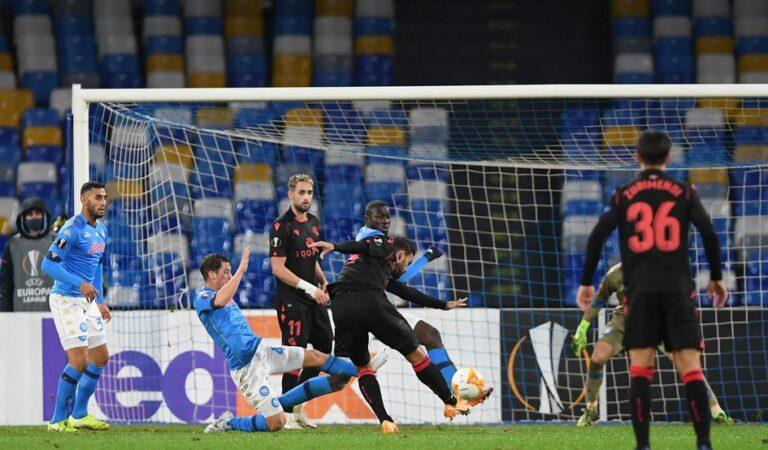Napoli e Hirving Lozano avanzan a la siguiente ronda de la Europa League