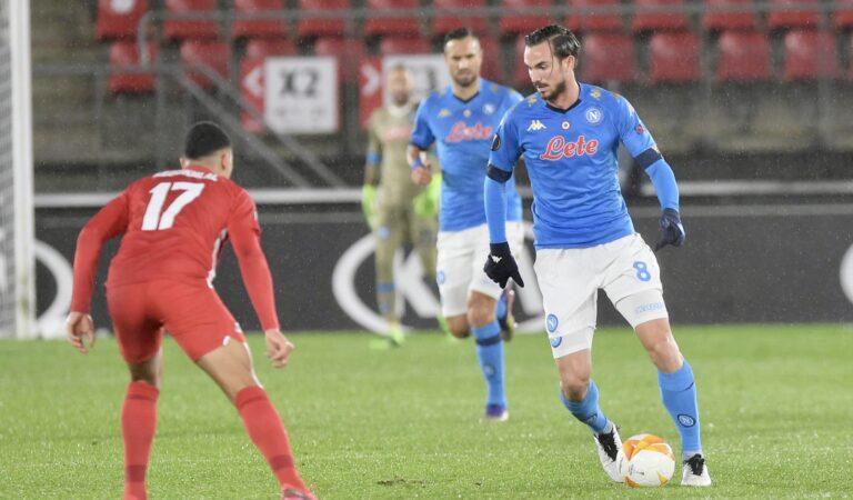 Napoli empata con AZ Alkmaar y está cerca de acceder a la siguiente ronda en la Europa League