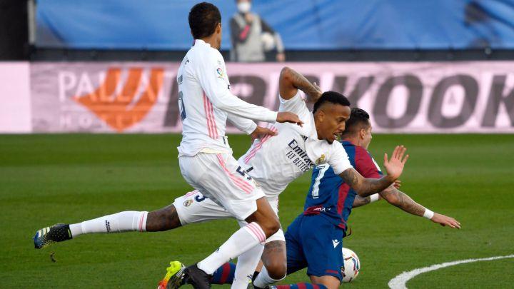 Se derrumba el Real Madrid perdiendo ante el Levante