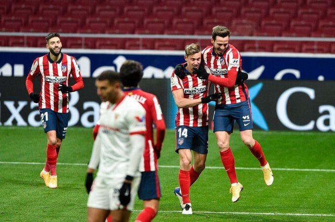 El Atlético de Madrid inicia con el pie derecho el 2021 manteniendo la punta en LaLiga