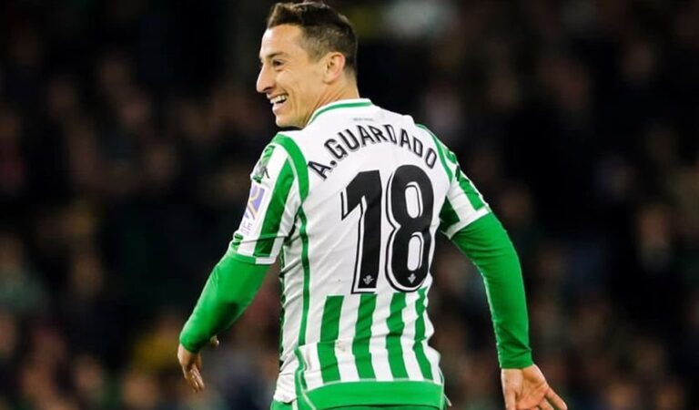 Andrés Guardado dio positivo por COVID-19 y no estará en el derbi andaluz