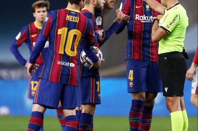 Suspendieron a Lionel Messi  tras su expulsión contra Athletic de Bilbao
