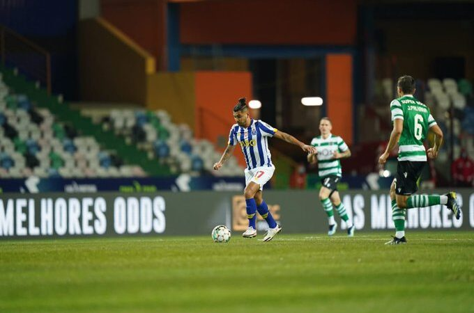 Con un doblete en los últimos minutos, el Sporting de Lisboa pasó a la final de la Copa de la Liga de Portugal a costa del Porto