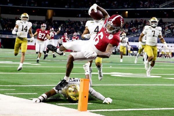 Alabama vence a Notre Dame y avanza a la final del College