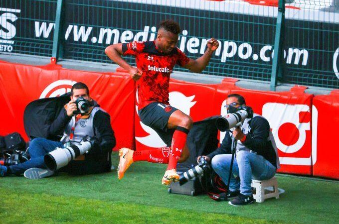 Toluca venció al Querétaro de Antonio Valencia