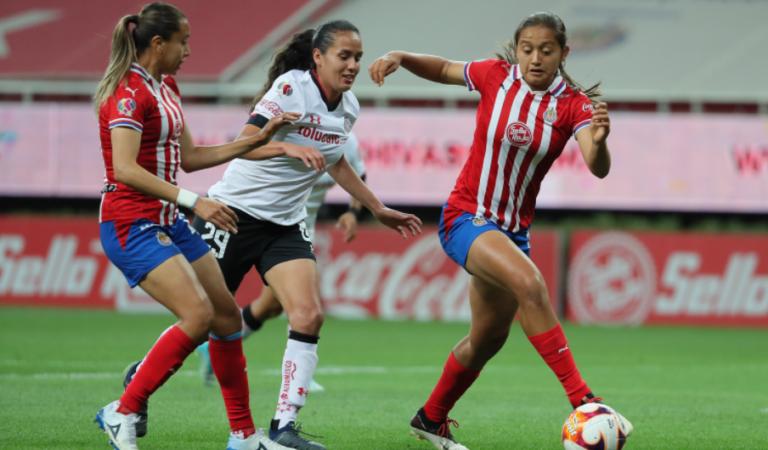 Chivas Femenil iguala de último minuto con Toluca