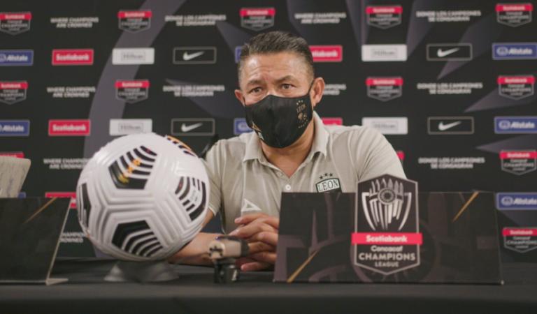 Gracias por regresar al fútbol mexicano lo bonito de este deporte, Ignacio Ambríz