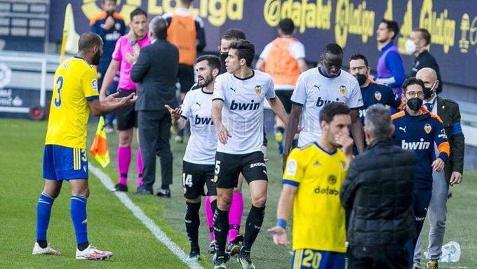LaLiga no encontró pruebas de insultos racistas en el partido entre Cádiz y Valencia