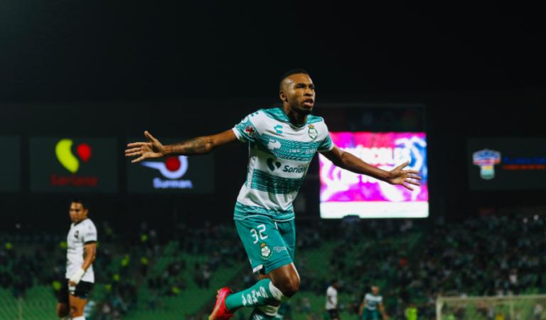 Santos Laguna obtiene su pase a liguilla tras golear sin piedad a Querétaro