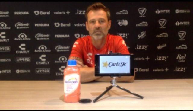 """""""¿Cómo no se va a poder soñar?"""": Diego Cocca"""