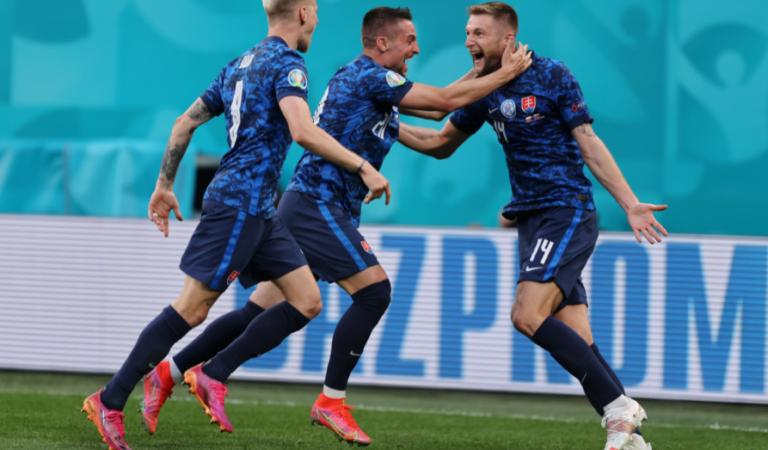 Eslovaquia sorprende a Polonia y a Lewandowski al llevarse los 3 puntos en el Grupo E