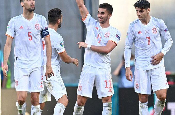 España sufre y derrota a Croacia para clasificarse a cuartos de final de la Euro 2020