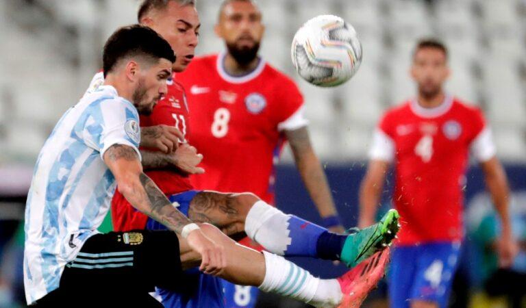 Argentina y Chile dividen unidades en su debut en la Copa América