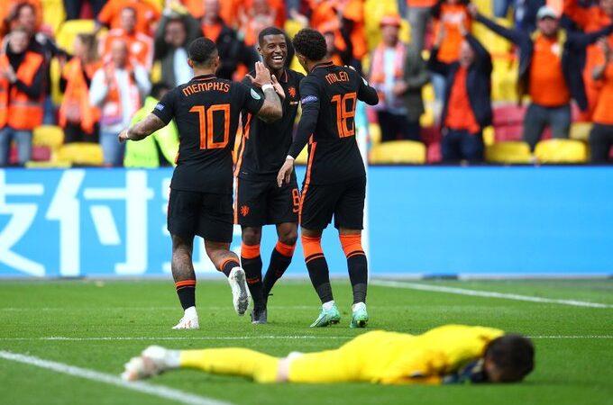 Países Bajos vence a Macedonia del Norte y avanza a octavos de final en la Eurocopa