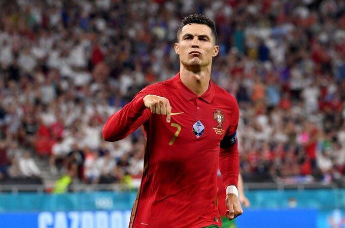 Cristiano Ronaldo empató el récord como máximo goleador de selecciones en la historia
