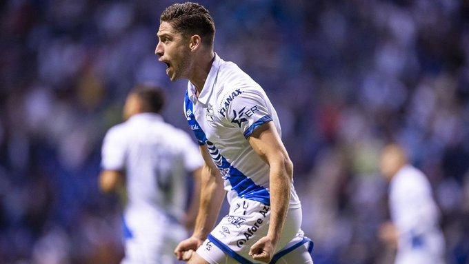 Santiago Ormeño se despidió de Club Puebla para formar parte de Club León