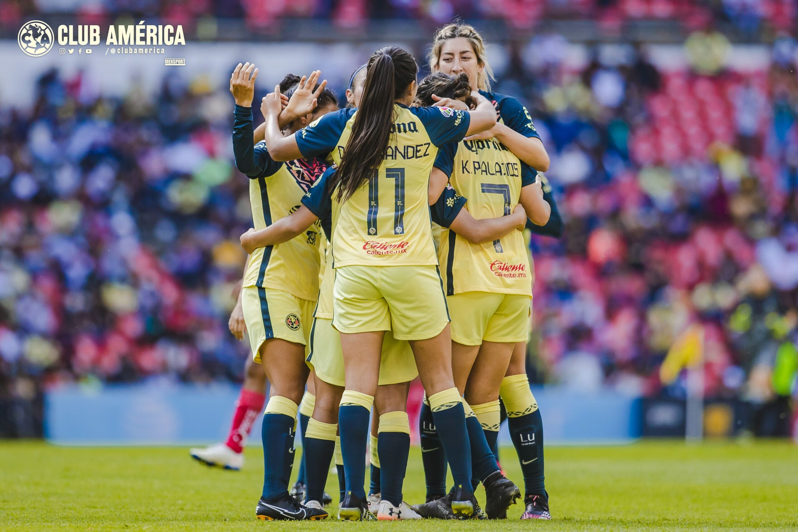 América femenil golea en el Estadio Azteca a Puebla femenil