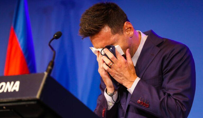 Lionel Messi se despidió del FC Barcelona entre lágrimas