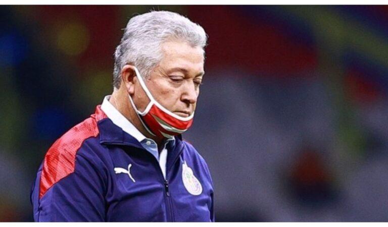 OFICIAL: Víctor Manuel Vucetich deja de ser director técnico de Chivas