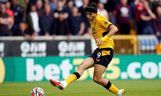 Otra derrota del Wolverhampton y Raúl Jiménez sobre Brentford en la Premier League