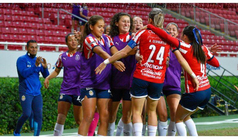 Chivas Femenil de último minuto se lleva el Clásico Nacional sobre América