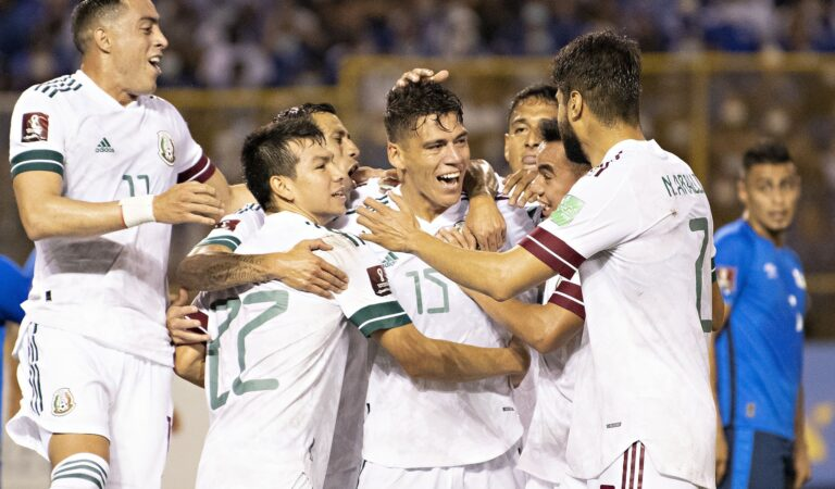 México se lleva los tres puntos en Cuscatlán y es líder de la eliminatoria de CONCACAF