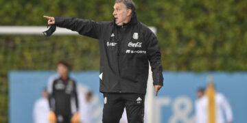 Tata Martino regresa al banquillo con Jiménez y Chucky disponibles, rumbo a Qatar 2022.